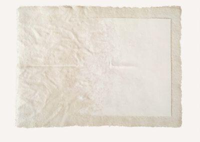 4, materiał masa papierowa, gips, wym. 108 x 86 cm